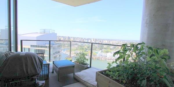 3202-455 Beach Avenue - Balcony