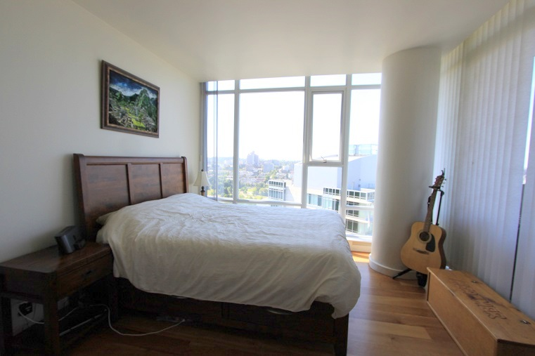 3202-455 Beach Avenue - Bedroom