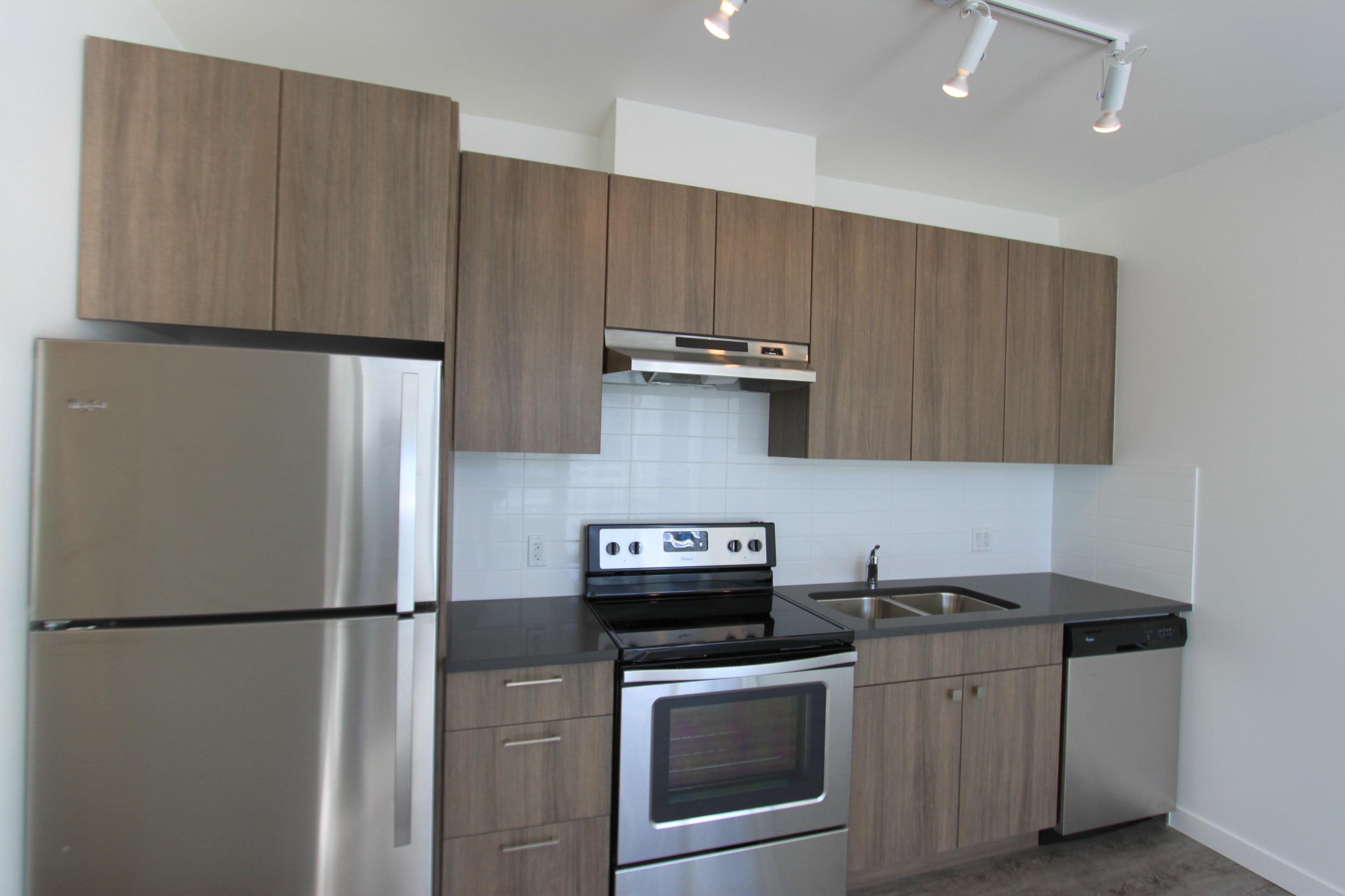The Evan - kitchen 2